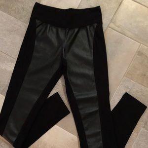 eric + lani Pants - Eric + Lani Black Moto Leggings